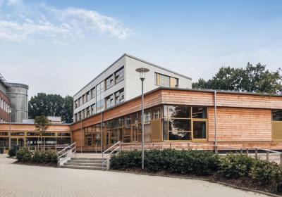 """Die Stadtteilschule Blankenese lädt zum """"Tag der offenen Tür"""":"""
