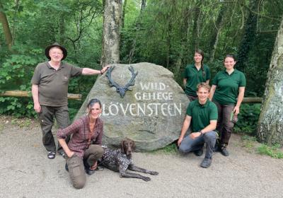 Ferienprogramm im Wildgehege Klövensteen – Jäger*innen Gruppe Altona-Blanken – Jagdhundevorführung